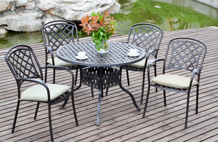 AKS Leeds Dining Set, 1 Tisch, 4 Sessel Aluguß, bronze